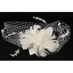 Accessoire cheveux mariage coiffe blanche