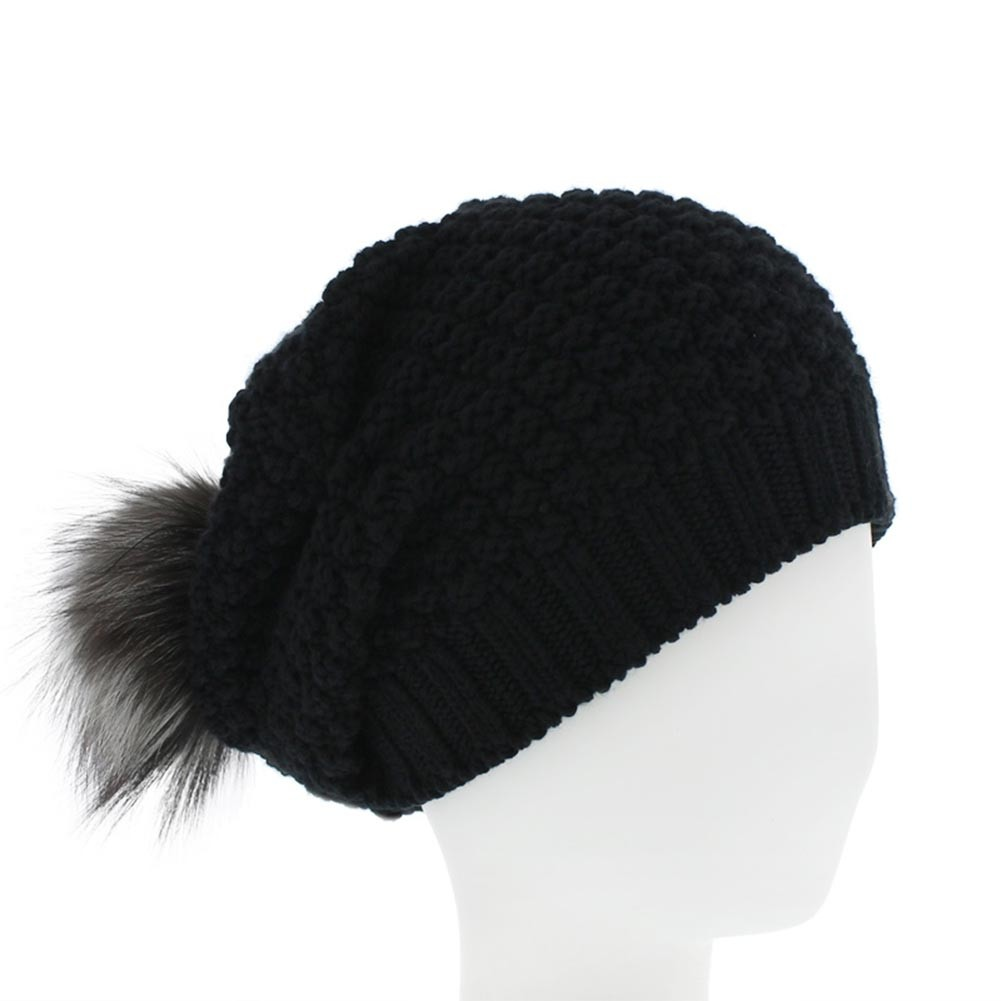 bonnet pompon noir ely pompon en renard par celine robert hatshowroom. Black Bedroom Furniture Sets. Home Design Ideas