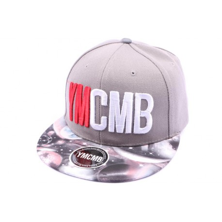 Casquette Snapback YMCMB Gris avec visière cosmos