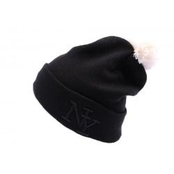 Bonnet NY Noir avec pompon ANCIENNES COLLECTIONS divers