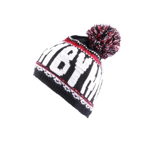 Bonnet YMCMB Noir, Blanc et Rouge avec pompon