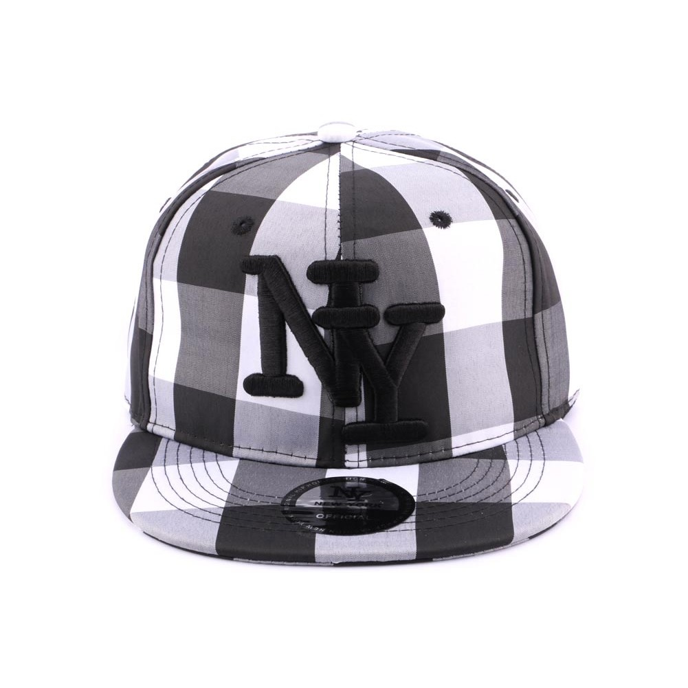 snapback ny noire et blanche casquette streetwear. Black Bedroom Furniture Sets. Home Design Ideas